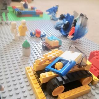 Jacob Lego 3 2.jpg