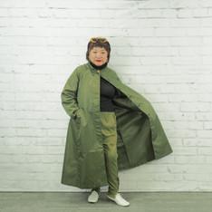 ■スクールガールなオトナのためのコート