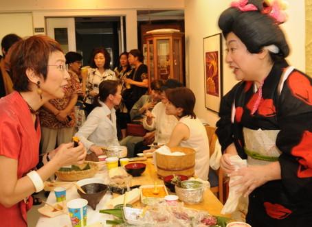 上野千鶴子バースデーに美人寿司登場の巻