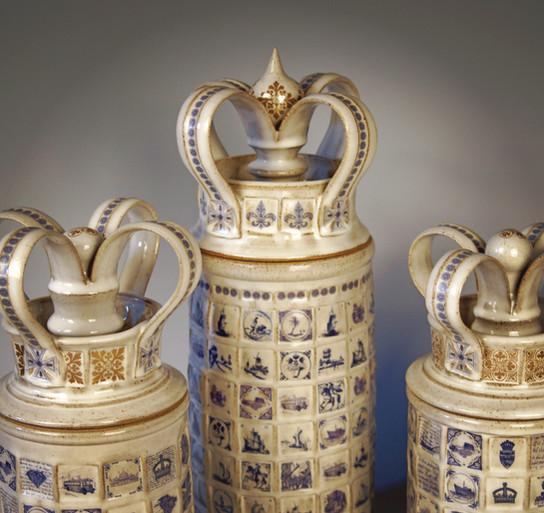 Crown top jars