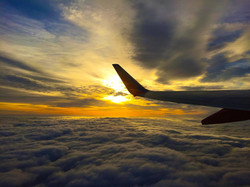 airplane-2606092_1920