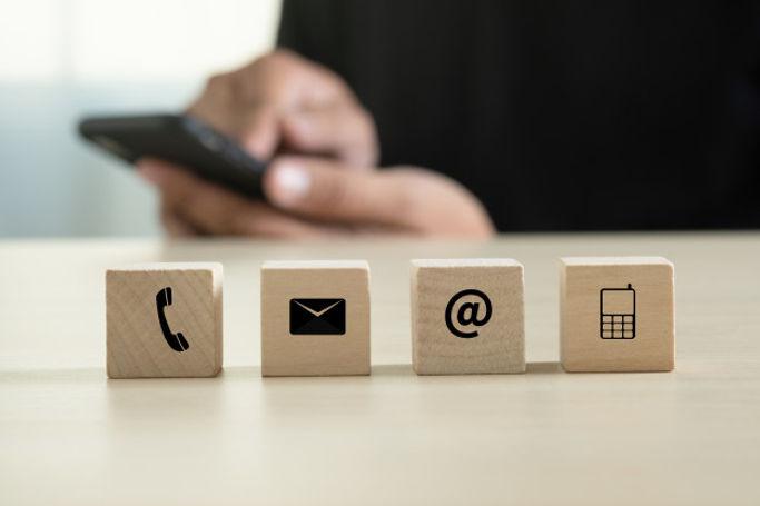 contact-us-customer-support-hotline-peop