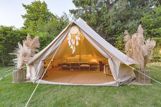 Verhuur van glamping tenten voor jouw tuin of event