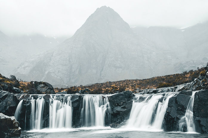 fairy pool waterfall vegleges.jpg