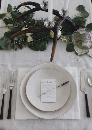 Table Decor & Place Setting