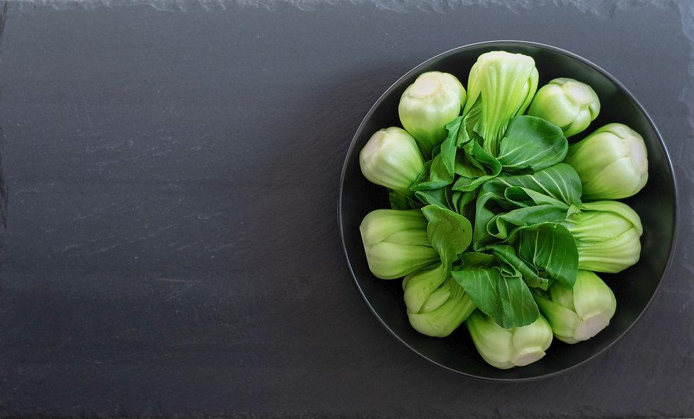 green-vegetables-in-black-bowl-3564599.j