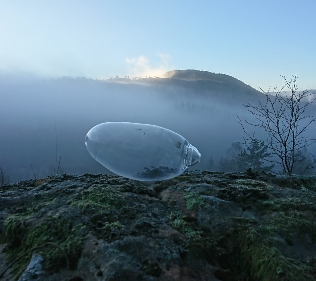 glassform-og-fjell-i-skodde_stor.jpg