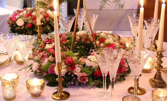 Low wedding table centrepiece