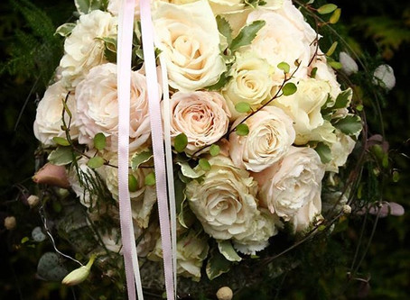How to Choose the Perfect Bridal Bouquet