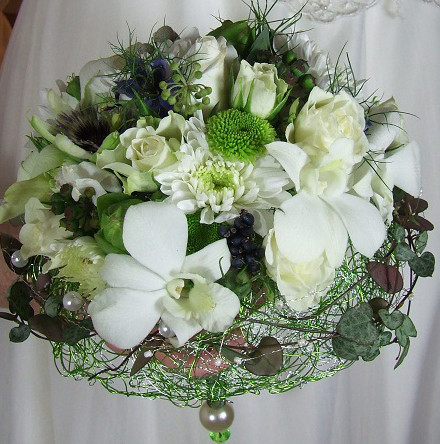 White orchid and rose bouquet with soft wire collar