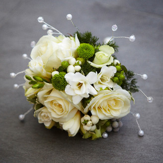 Bridesmaid's bouquet in cream and green