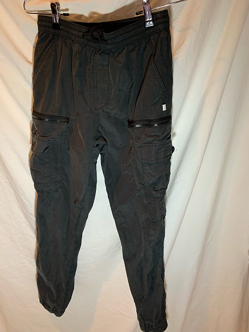 Urban Outfitters Cargo Pants (S)
