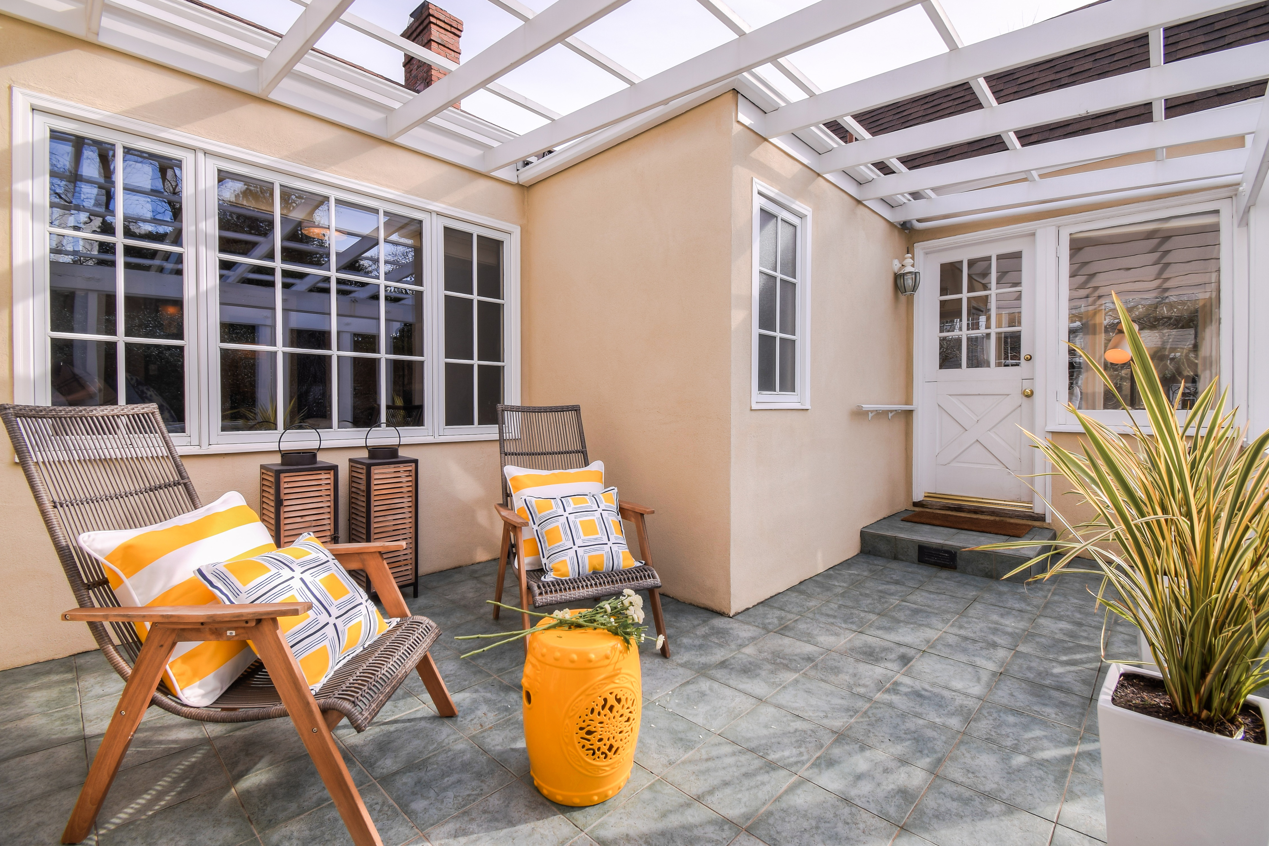OUTDOOR SEATING TO SUNROOM