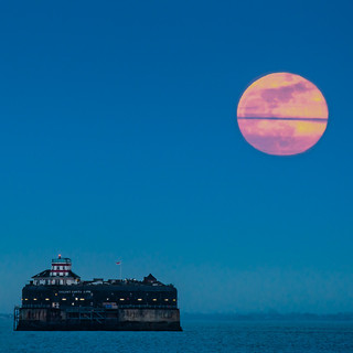 solent moon 2.jpg
