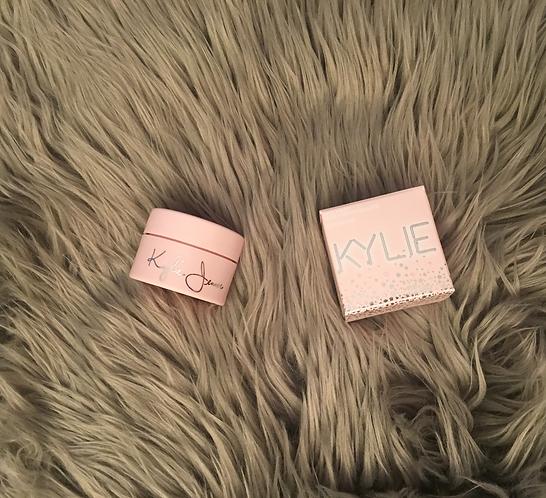 "Kylie ""Turns 20"" Highlighter"