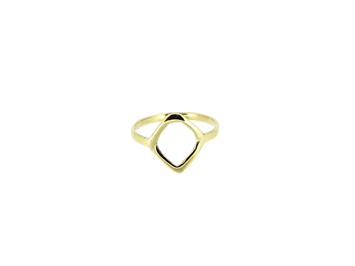 9ct Yellow gold ring.