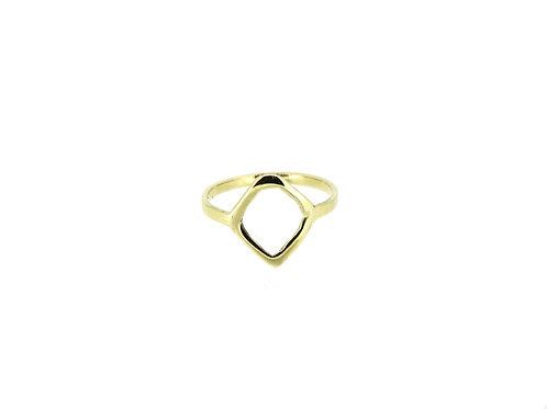9ct Yellow gold ring.