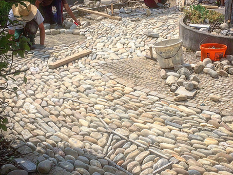 Cobble mosaic workshop at Stein und Wein, Austria