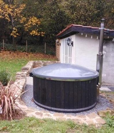 hot tub in the garden.jpg