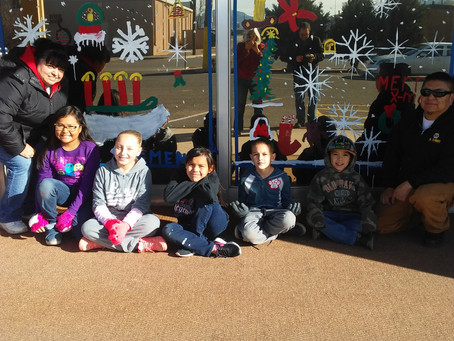 Children's Christmas Window Painting