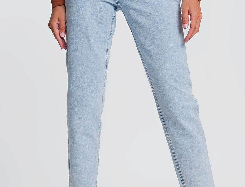 High Waist Mom Jeans in Light Denim