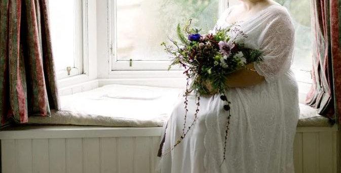 Curve & Plus Size Ivory Bat Sleeves Wedding Dress #1044