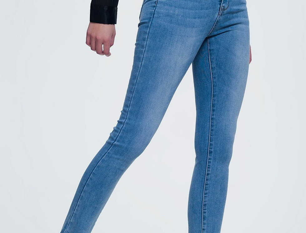 Light Denim Skinny Jeans With Light Washing