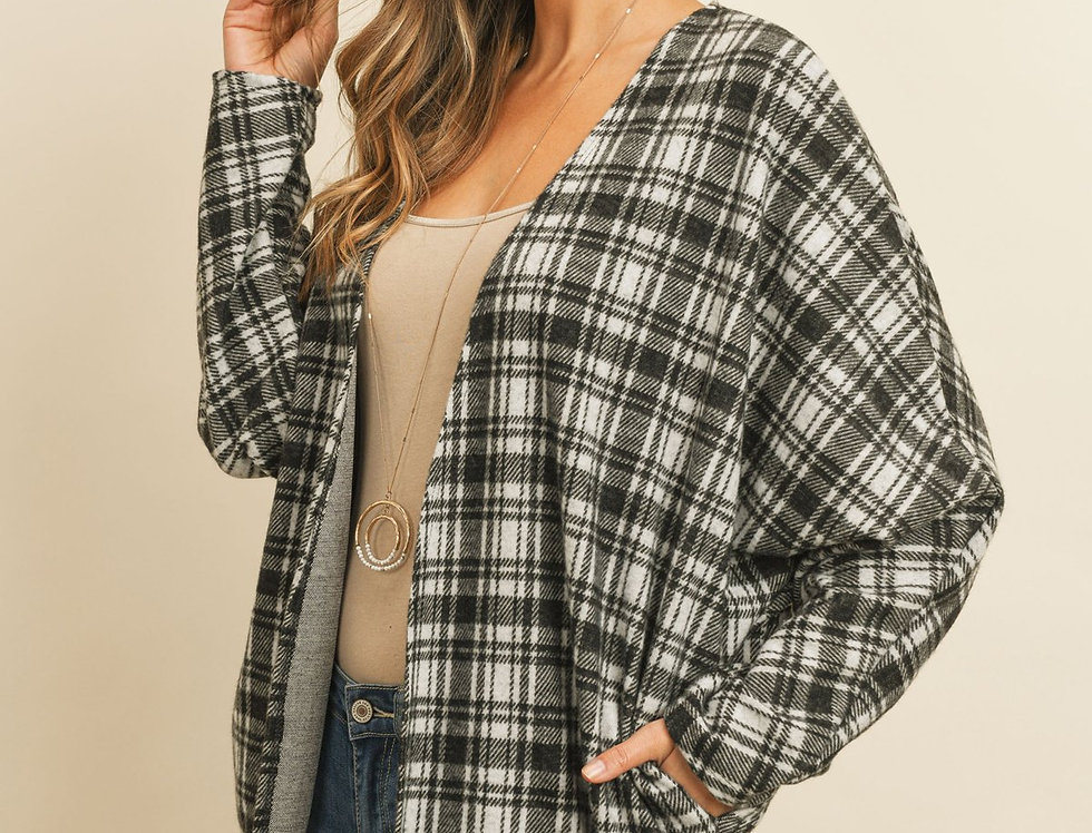 Plaid Round Hem Pocket Open Cardigan