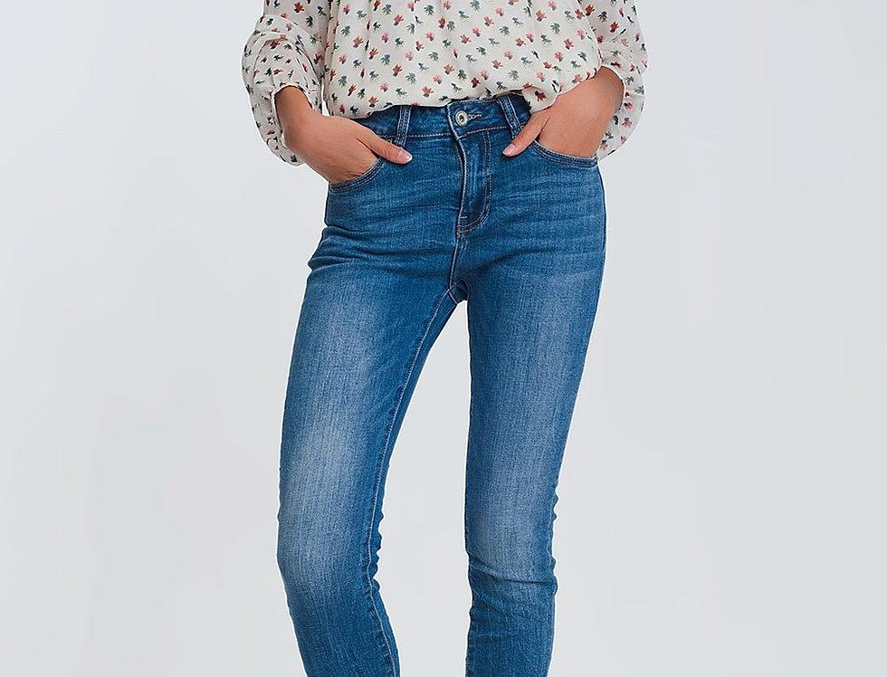 Mid Waist Skinny Jeans in Light Denim