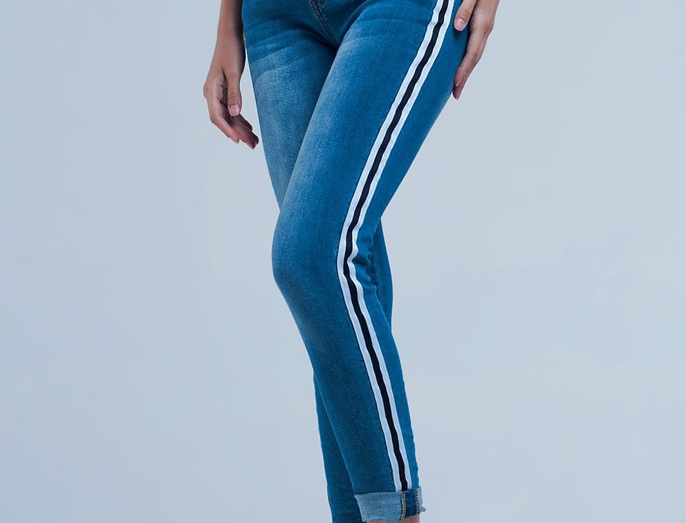 Denim Jeans With Crinkled Legs and Side Stripe