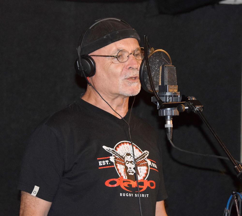 Didier Delezay dit Pirate lors de l'enregistrement de sa voix