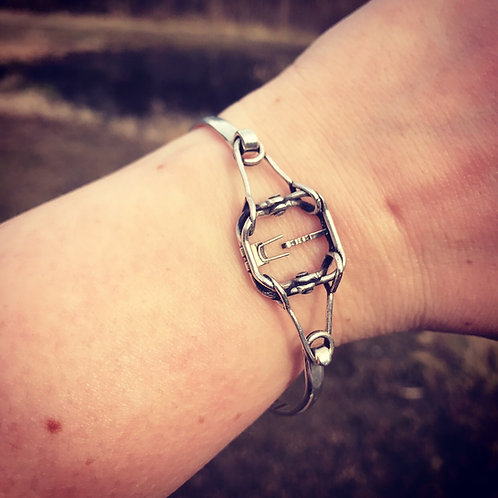 #220 Conibear Trap Bracelet