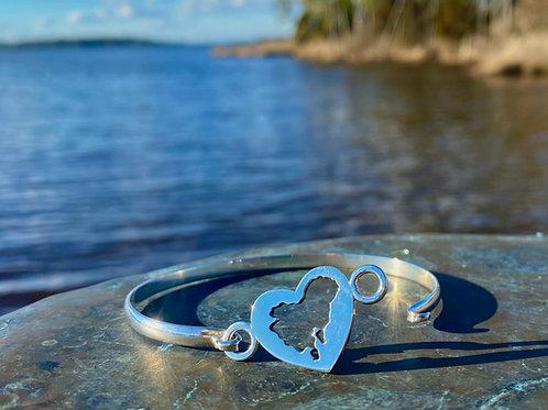 Heart of Dorchester Bangle Bracelet