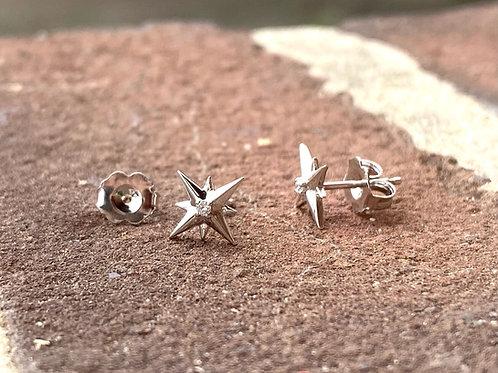 14k .03ctw Diamond Star Earrings