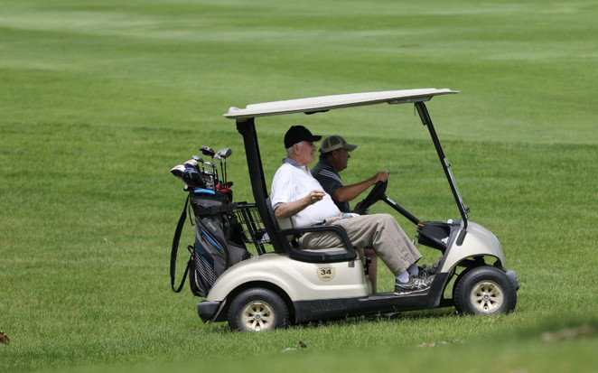 2018 Golf with the Bishop 0208.jpg