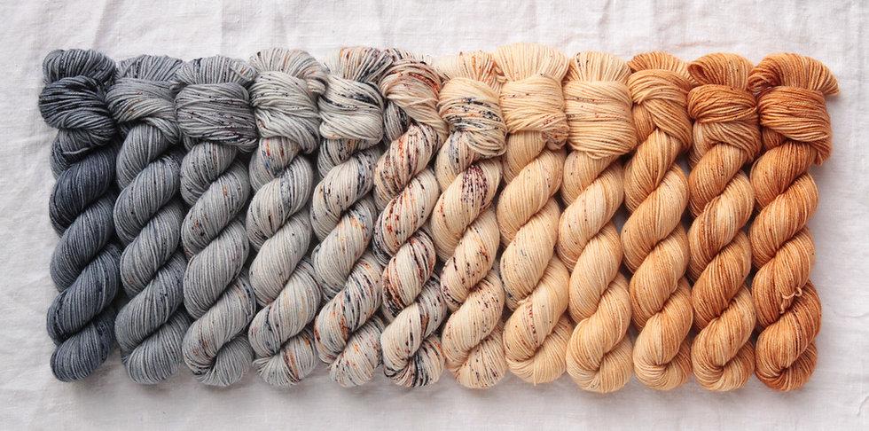 Casapinka - Crown Wools MKAL Kit SABLE