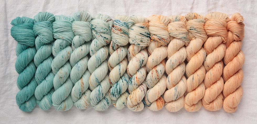 Casapinka - Crown Wools MKAL kit  MATIN