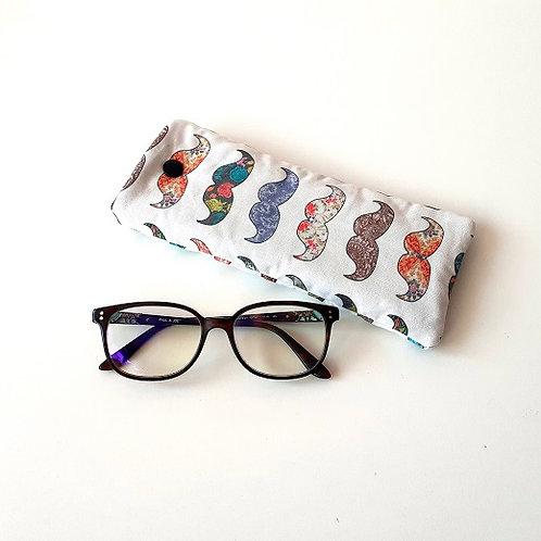 Etui à lunettes moustaches multicolores