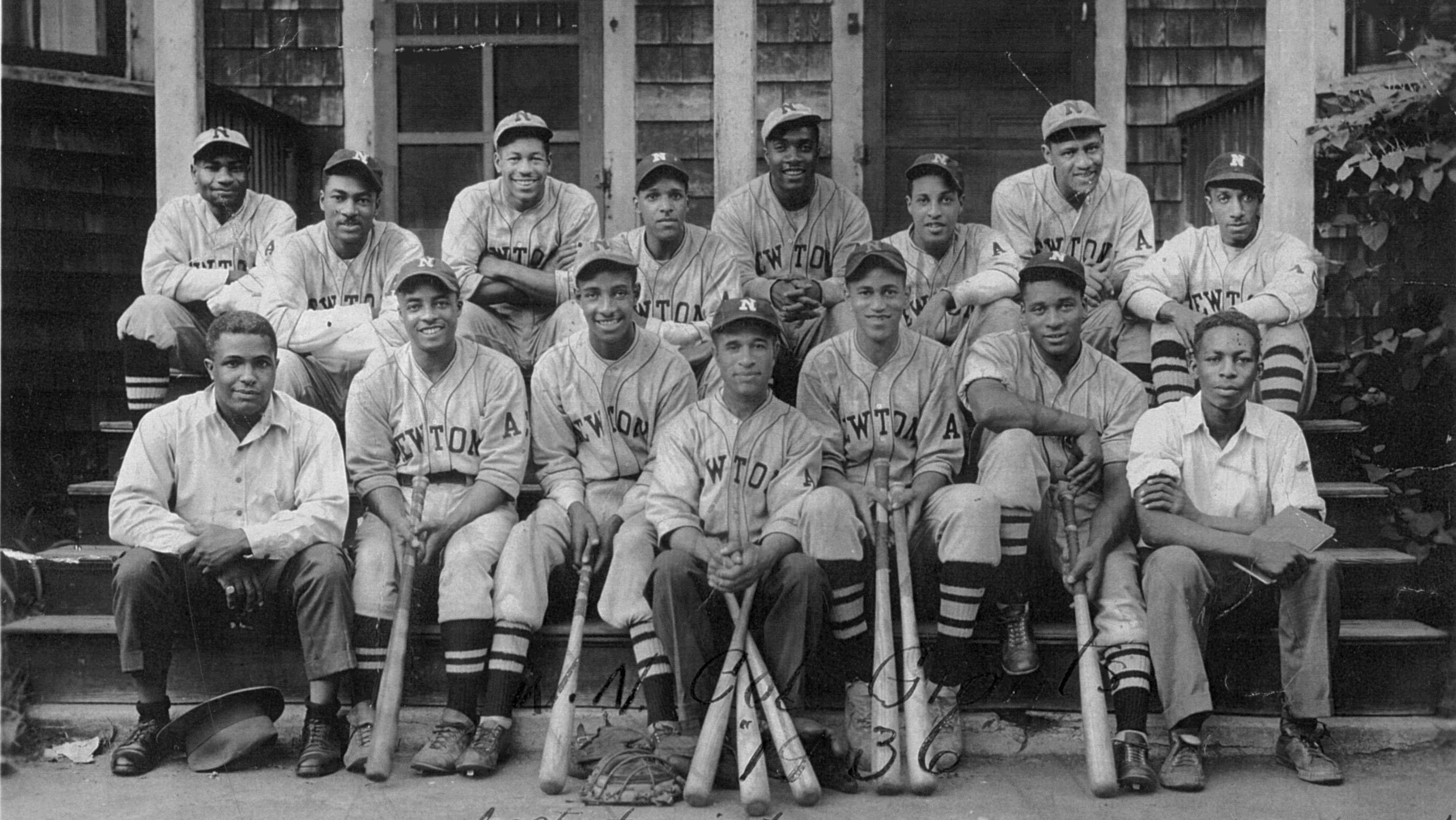 Newton Colored Giants 1936_BW