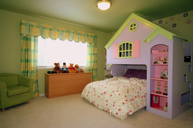 Fun beds for kids, Girls Bed, Bunk bed, Hideaway bed, green color, Custom drapes, Enough Storage