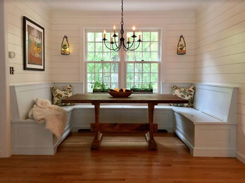 The Finished Farmhouse Nook