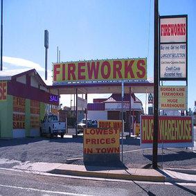 Front-Borderline-Fireworks-Outlet-NM.jpg