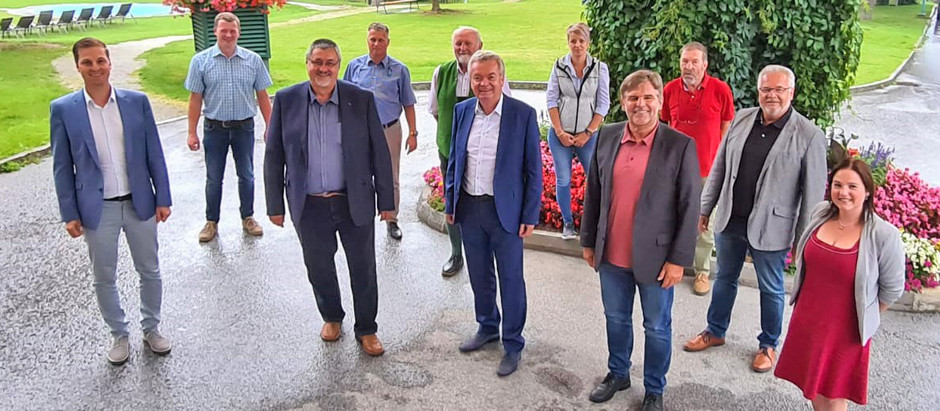 🧑💼 Arbeitsgespräch der Grimming-Kamm-Bürgermeister mit LH-Stv. Anton Lang.