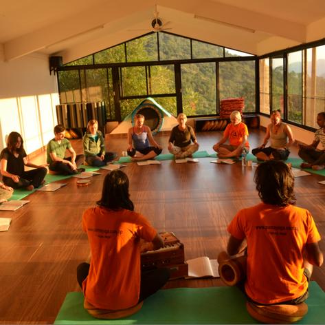 Bhakti yoga à 16h30