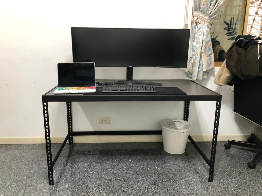 寶2267電腦桌.jpg