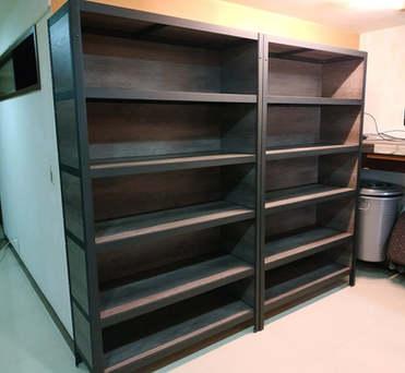角鋼封板櫃-美芯板龐貝黑杉+黑砂紋角鋼+封孔柱+封板
