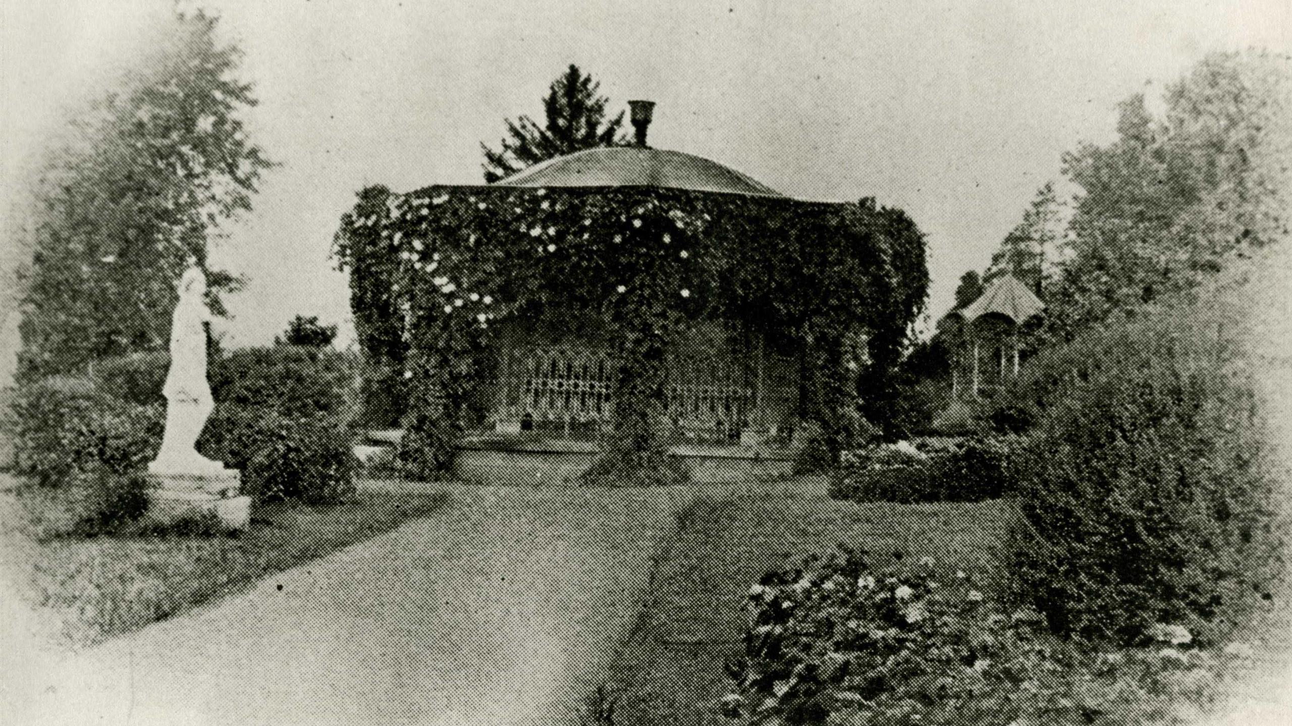 Center Gazebo ca. 1904