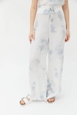 UO Tie Dye Lounge Pants