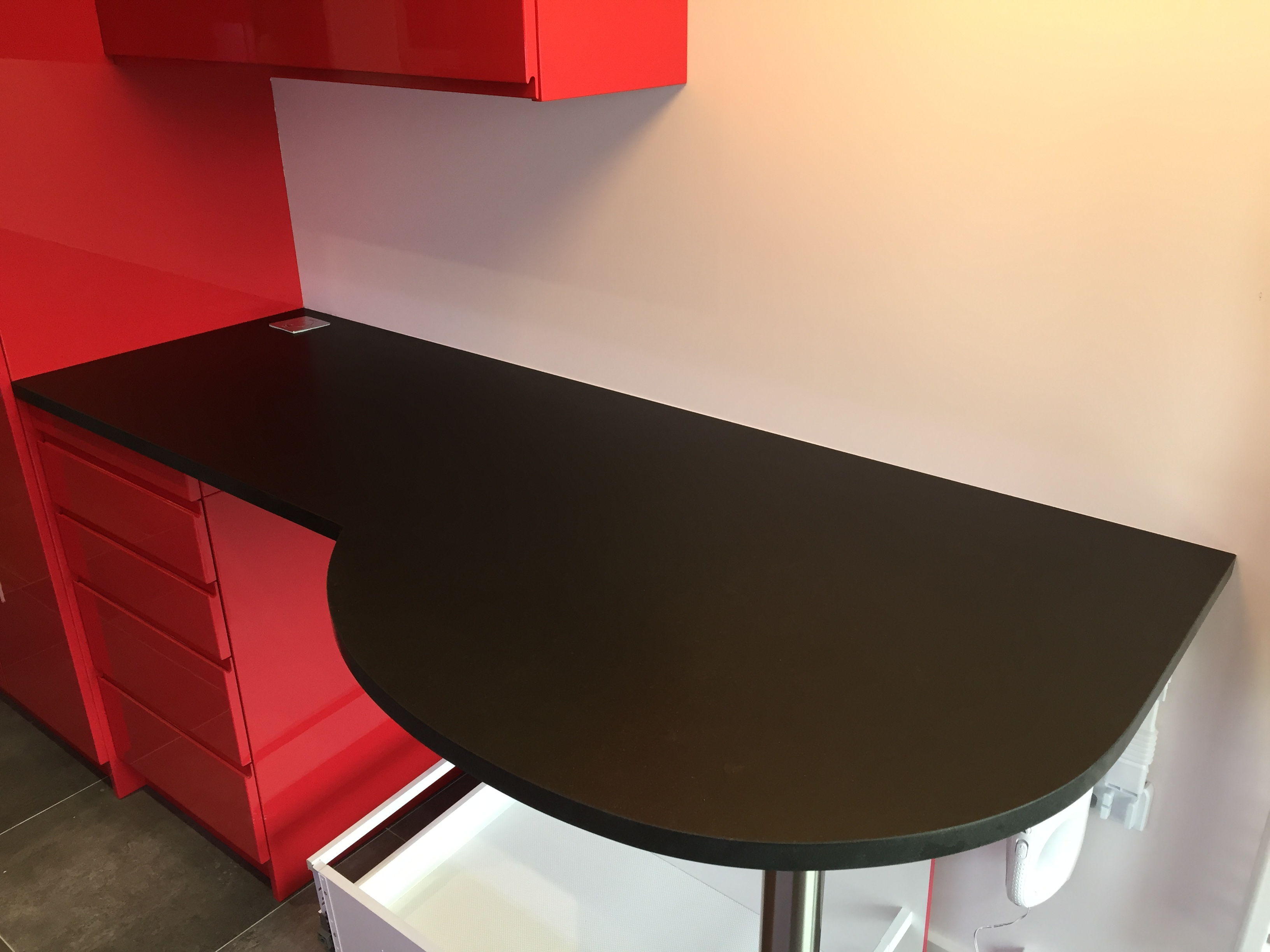 TABLE EN GRANIT SUR MESURE A PARIS