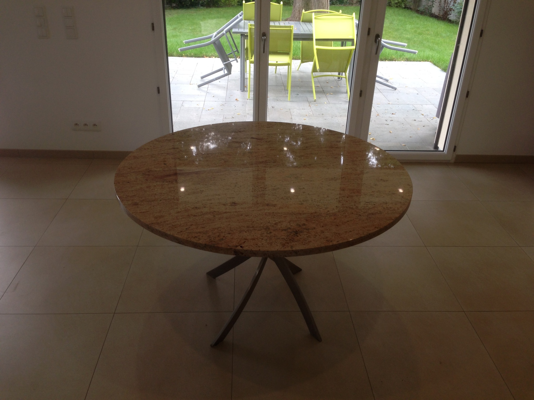 Table Granit sur mesure